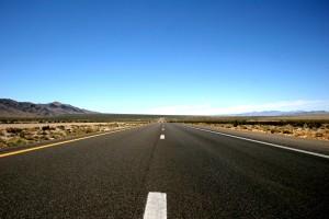 เส้นทางสาย US95 ขึ้นไปทางเหนื��ข��งเมื��งลาสเวกัส
